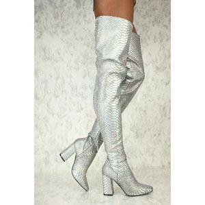 ec2b00e1fef Shoes - 💎FLASH SALE💎 Silver Snakeskin Thigh High Boot